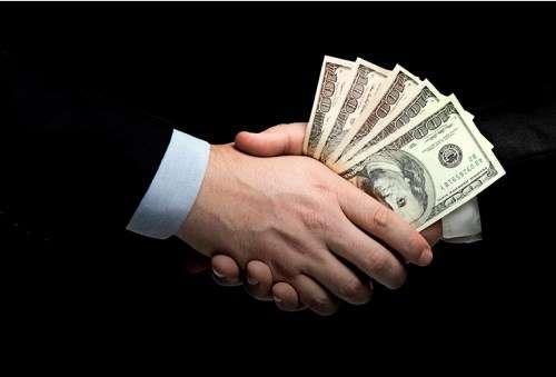 Глава сельсовета пытался подкупить военного прокурора, чтобы «отмазать» племянника