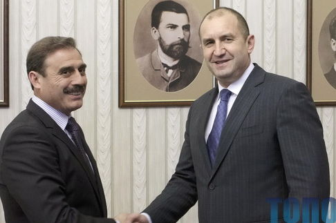 Жалуйся, авось денег дадут: Киссе встретился с Президентом Болгарии