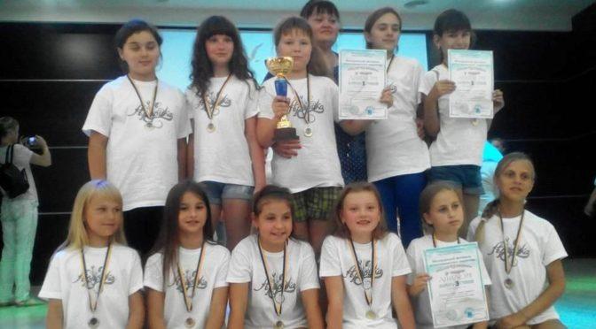 Танцоры из села Николаевка заняли первые места на всеукраинском фестивале детско-юношеского творчества