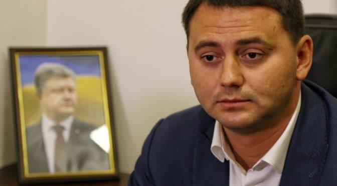 Одесский политтехнолог: покровительство сына президента — единственный фактор, который сдерживает отставку Олега Жученко