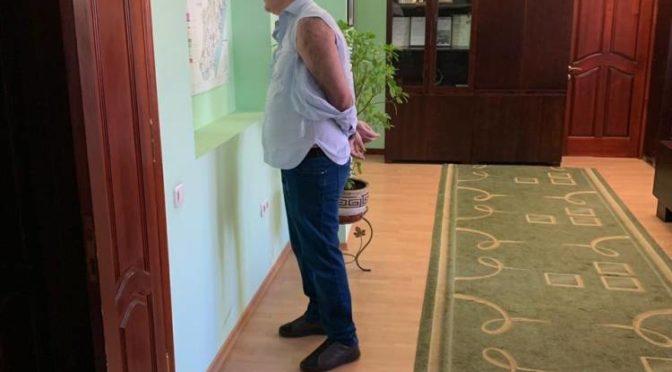 Бизнесмен, находясь в розыске, вместе с «титушками» штурмовал Службу автодорог Одесской области