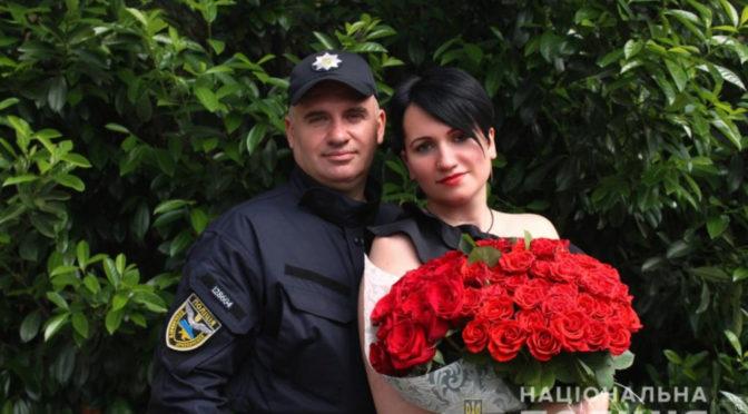 Испытание любовью: одесский спецназовец организовал задержание любимой девушки, чтобы сделать ей предложение
