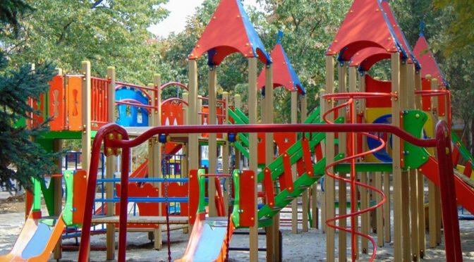 Измаил превращается в город плитки и детских площадок