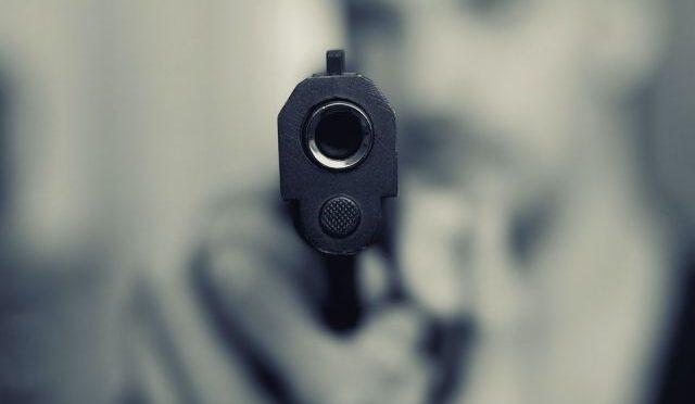 """В Одессе неизвестные расстреляли двух человек, копы объявили план """"Перехват"""""""